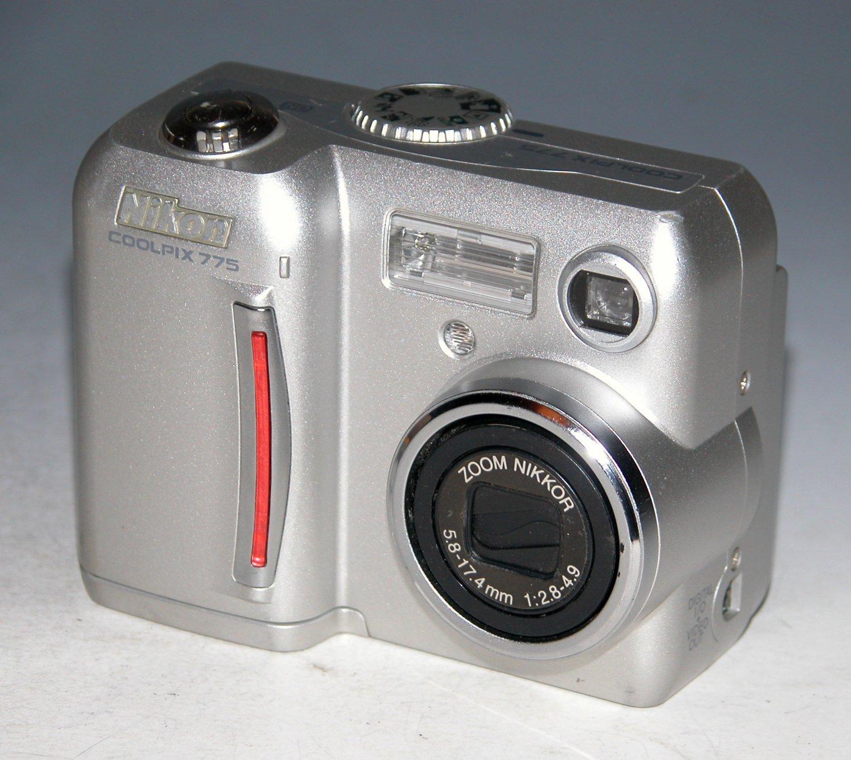 Nikon COOLPIX 775 2.1MP Digital Camera - Silver # 1158