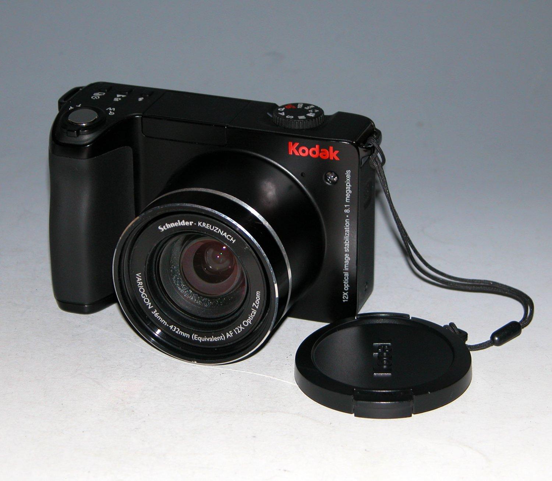 Kodak EasyShare Z8612 IS 8.1MP Digital Camera - Black #1272