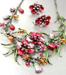 Wine Crystals Floral Necklace Set 1N226147