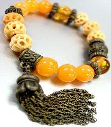 Natural Carved Beads Tassel Bracelet 1B067123E