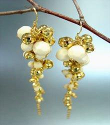 Creme Gold Beads Dangle Earrings 1E1258508