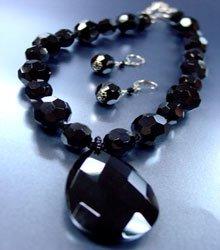 Black Glass Crystals Necklace Set  1N001884