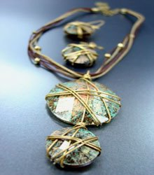 Antique Patina Gold Wire Necklace Set
