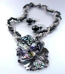 Black Epoxy Crystals Beads Necklace Set