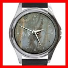Giraffe In Forest Round Metal Wrist Watch Unisex 073