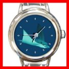 Marine Life Light Spots Grey Stingray Round Charm Watch