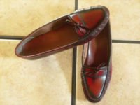 VTG. OLDMAINE TROTTERS RED/BLACK DISTRESS LEATHER SHOES