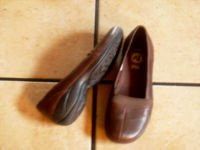 MERRELL APURE OLIVE ORTHOLITE BROWN LEATHER FLATS SHOES