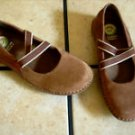 EARTH SHOE BROWN SUEDE/LEATHER STRAPPED SHOES Comfy!