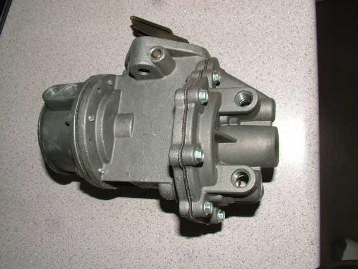 CHEVROLET & TRUCK FUEL PUMP 9797 L6 1952 1953 1954 1955