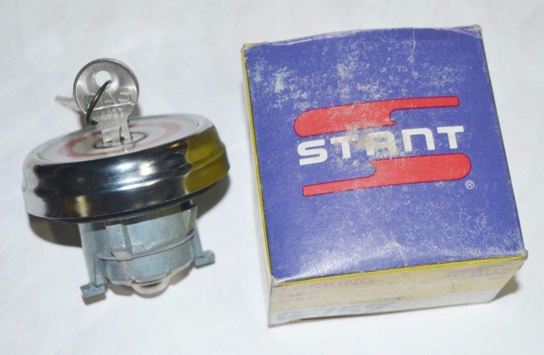 LOCKING GAS CAP FORD F100 F150 F250 F350 Bronco Econoline L800 LN600 LN700 LN800