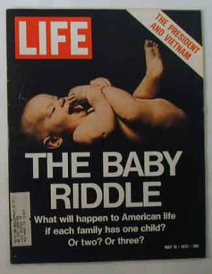 1972 May 19 Life Mag  Nixon Vietnam War. Bobby Fischer Chess. Wilt Chamberlain Action Photo