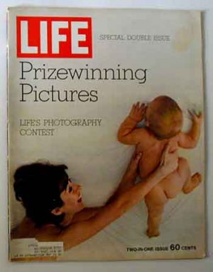 1970 Dec 25 Life Magazine Photo Issue  Faces, Emotions, Issues, Landscapes, Actions