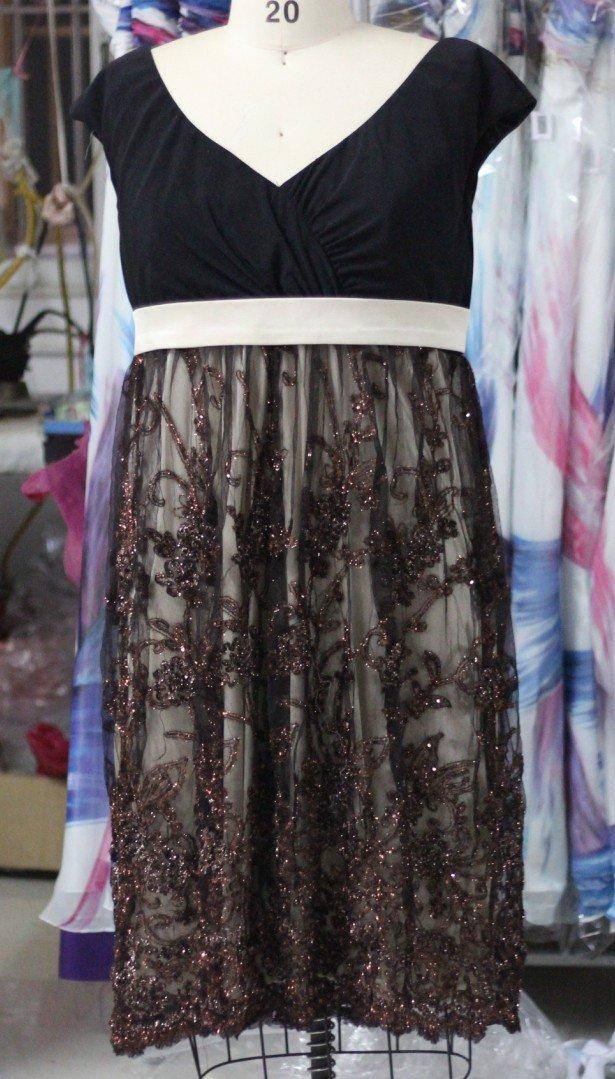 Style 2013E4PS - Plus Size Party Dresses - Short Black Cocktail Dresses