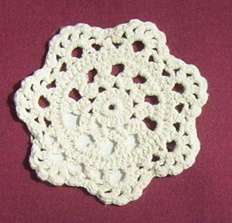 """4"""" Ecru Doilies- Great size to set your candle lamps on"""