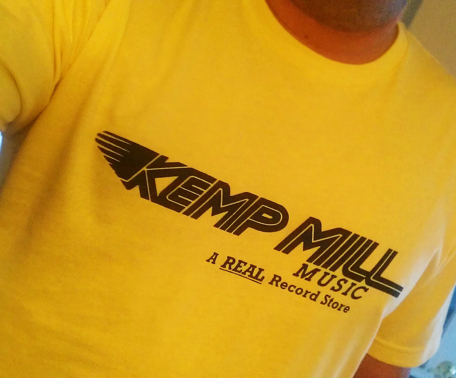 KEMP MILL MUSIC Premium Sueded Vintage Yellow T-shirt SIZE L 9:30 club whfs