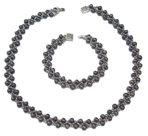 Genuine Black Pearl Latice Necklace and Bracelet Set
