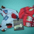 Designer infant mitts, two pairs as pictured