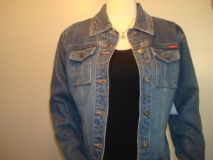 Guess Denim Jacket     Size:  S  Super  Sale!!!    $25