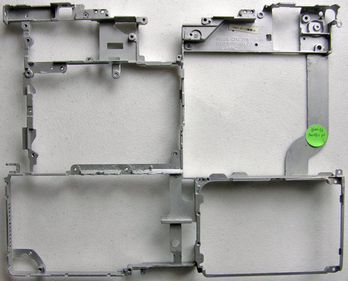 "GENUINE APPLE iBOOK G3 900MHz 12"" BODY METAL FRAME RIB"