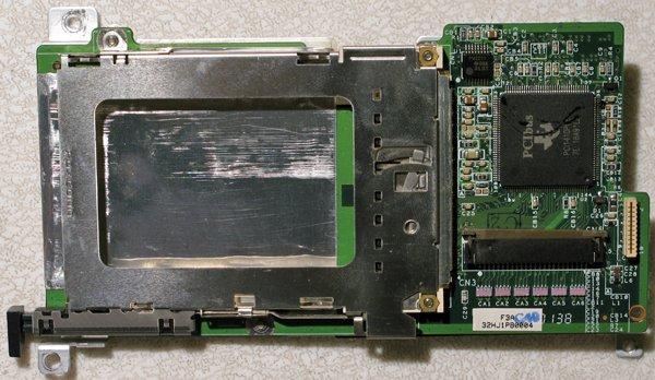 COMPAQ PRESARIO 2700 EVO N180 PCMCIA SLOT CAGE BOARD 253936-001