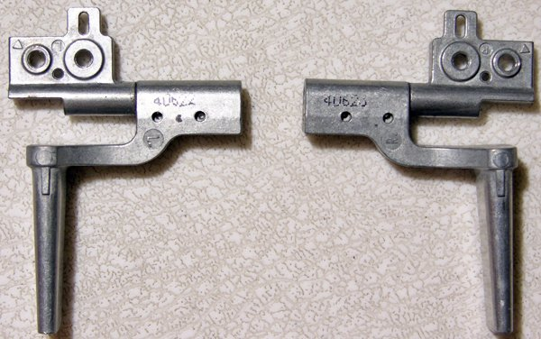 """DELL INSPIRON 9100 XPS 15.4"""" LCD SCREEN HINGES SET L & R"""