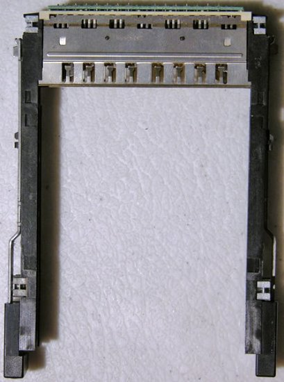 DELL LATITUDE CPx P 3 850MHz PCMCIA SLOT CAGE BERG - U
