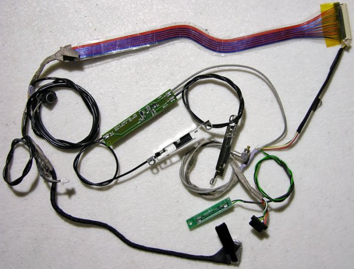 """iBOOK G4 12"""" LCD INVERTER MIC AIRPORT ANTENNA CABLES"""