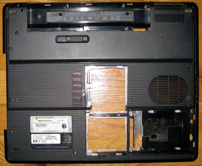COMPAQ PRESARIO M2000 LAPTOP BOTTOM CASE W/ COA 382399