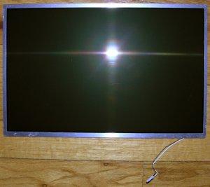 "APPLE MACBOOK 13.3"" GLOSSY LCD SCREEN N133L1 / LP133WX1"