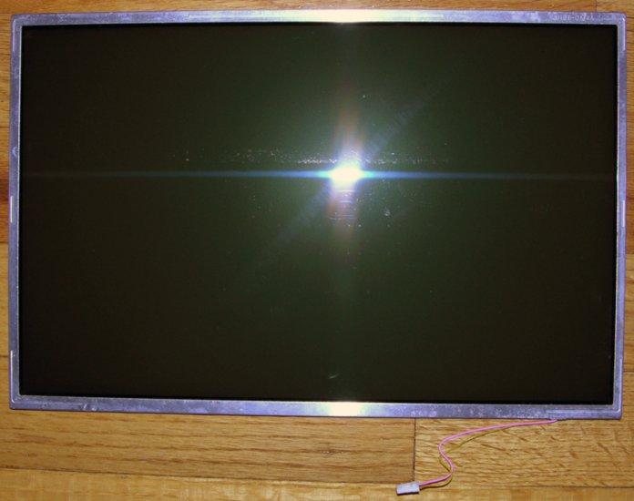 "GENUINE APPLE MACBOOK 13.3"" WXVGA GLOSSY LCD SCREEN LP133WX1 TL"