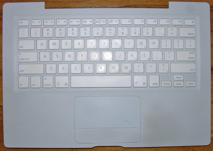 "APPLE WHITE MACBOOK A1181 13.3"" KEYBOARD PALMREST TOUCHPAD MOUSE ASSY"