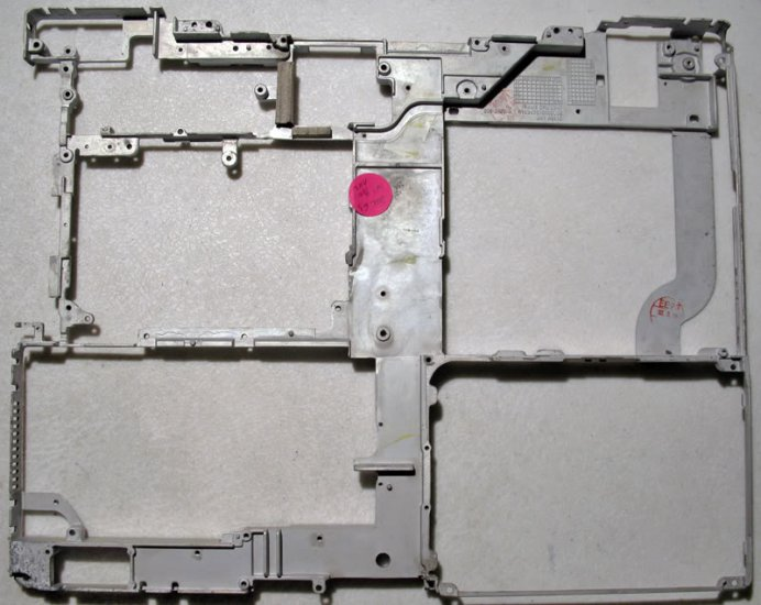 "MAC iBOOK G3 14"" 900MHz BODY METAL FRAME RIB 805-3671-A"