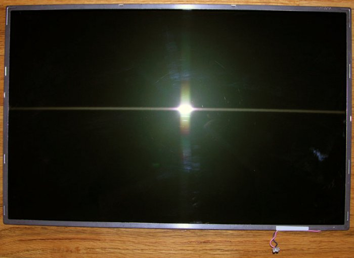 "TOSHIBA SATELLITE P35-S609 17.1"" WXGA+ LCD SCREEN K000023240 / LP171WX2"
