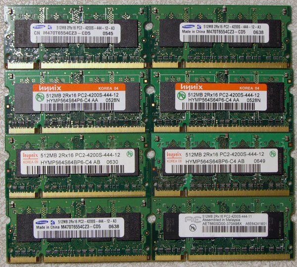A LOT OF 8 SAMSUNG HYNIX 512MB DDR2 PC2-4200S LAPTOP RAM