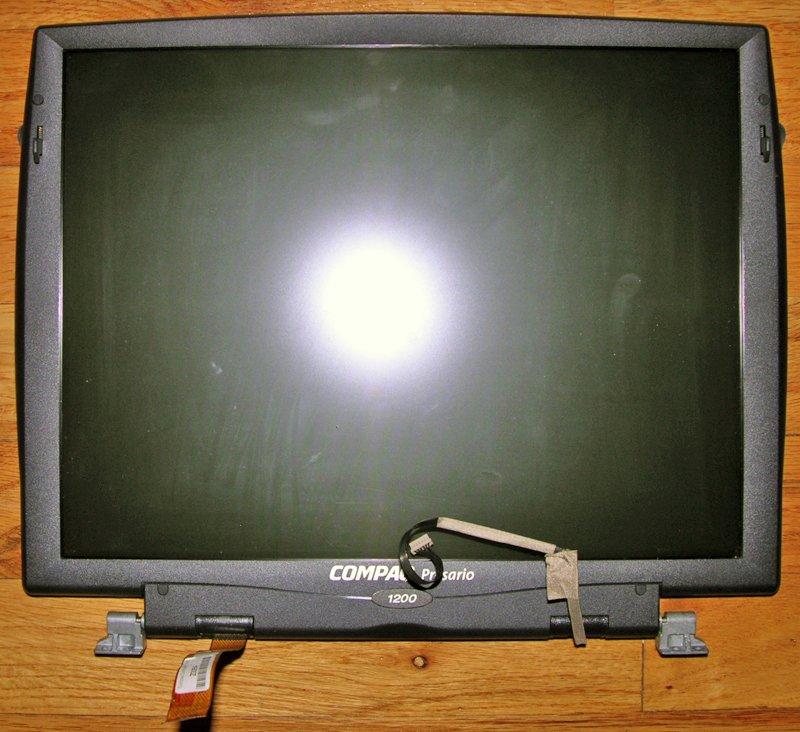 "COMPAQ PRESARIO 1200 14"" LCD SCREEN ASSEMBLY w/ HINGES"