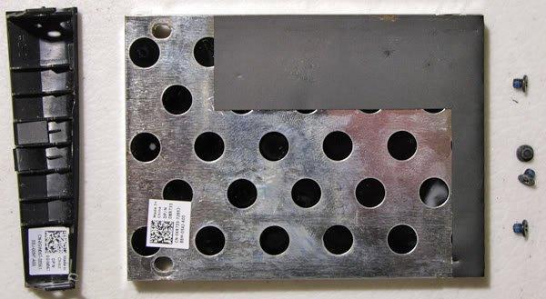 DELL 1525 1526 HARD DRIVE CADDY w/ SCREWS XR733 GW067