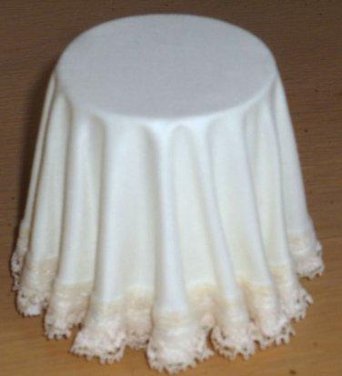 Chrysnbon Dollhouse Miniature table with lace tablecloth New