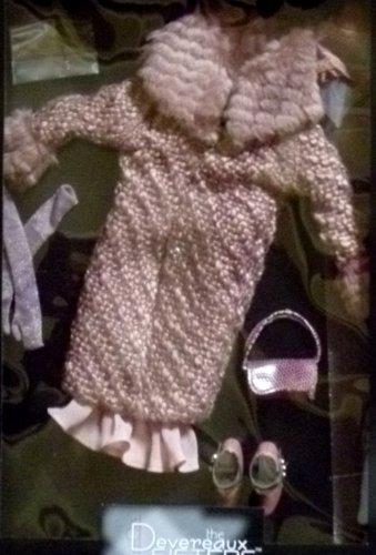 Tonner DEVEREAUX SISTERS Outfit  La Vie En Rose Sold Out LE 250 NIB 2009