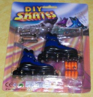 Finger Skates Inline Rollerblades Blue - NIP