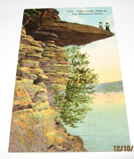 Visor Ledge,Wisconsin Dells,Wi postcard W42