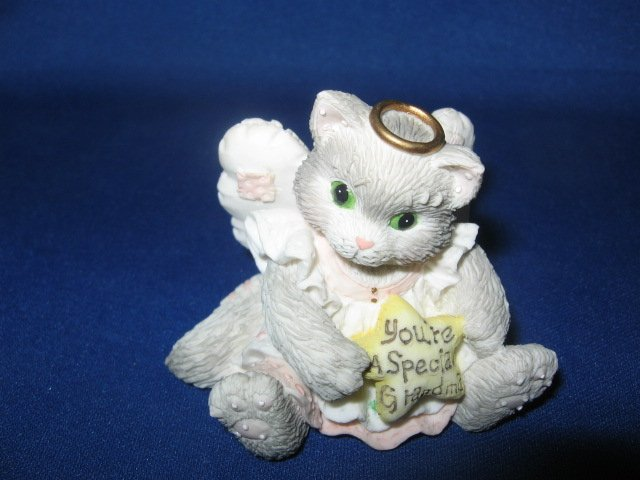 Cat Kitten angel figurine 1994 Enesco