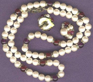 Vintage 4 sets of vintage necklaces earring sets
