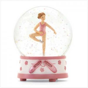 Water Ball-ballet Girl Pattern
