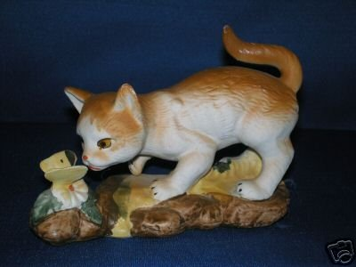 KAT'S CATS! CAT FIGURINE WITH BUTTERFLY