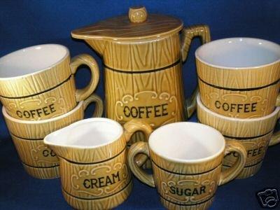 RETRO COFFEE SERVICE FOR 4 WOODEN BARREL DESIGN