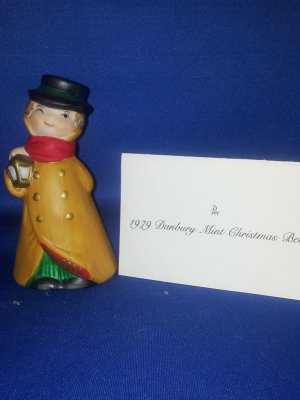 COLLECTIBLE BELL AS SHOWN~DANBURY MINT 1979 CHRISTMAS CAROLERS