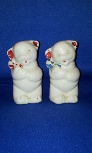 VINTAGE SALT AND PEPPER SHAKERS SET CARTOON MICE