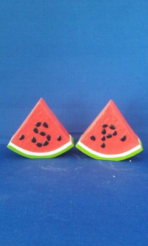 VINTAGE SALT AND PEPPER SHAKERS SET PLASTIC WATERMELON
