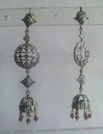 maroon matching antique style cz dangler earing jewelery